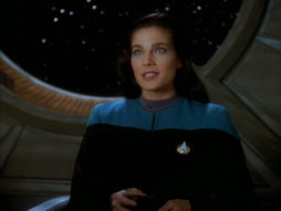 Star Trek Gallery - playing_god_031.jpg