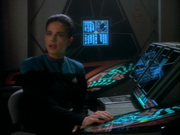 Star Trek Gallery - playing_god_119.jpg