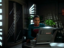 Star Trek Gallery - playing_god_165.jpg