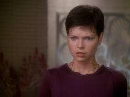 Star Trek Gallery - prodigal_daughter_412.jpg