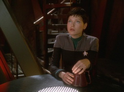 Star Trek Gallery - prodigal_daughter_445.jpg