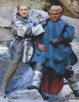 Star Trek Gallery - quark-odo-ascent.jpg