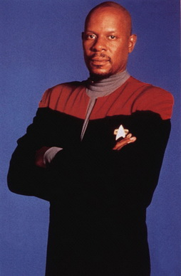 Star Trek Gallery - sisko4-1.jpg