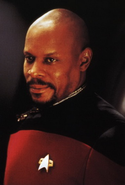 Star Trek Gallery - sisko_019.jpg