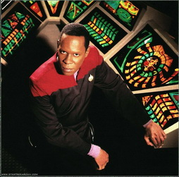 Star Trek Gallery - sisko_040.jpg