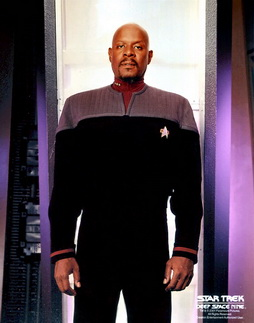 Star Trek Gallery - sisko_s6pb_perfect.jpg