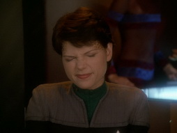 Star Trek Gallery - takemeout_054.jpg