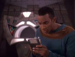 Star Trek Gallery - theascent_287.jpg