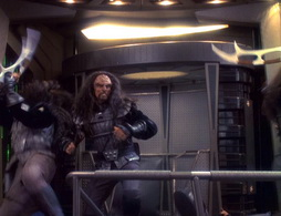 Star Trek Gallery - wayofwarrior2_690.jpg