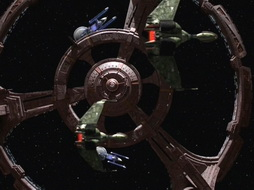 Star Trek Gallery - oncemore_107.jpg