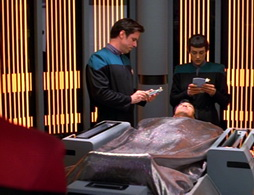 Star Trek Gallery - caretaker_0176.jpg