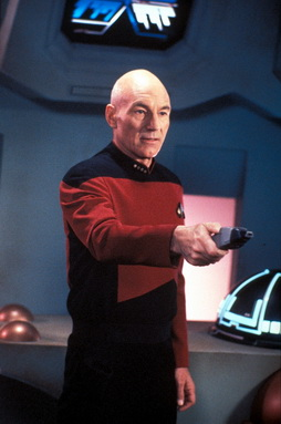 Star Trek Gallery - picard_phaser.jpg