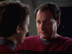 Star Trek Gallery - q2_357.jpg
