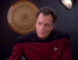 Star Trek Gallery - qless067.jpg