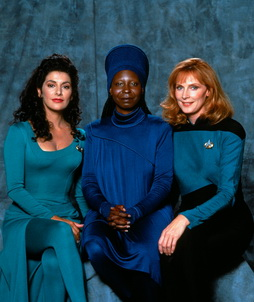 Star Trek Gallery - women_of_tng_s4.jpg