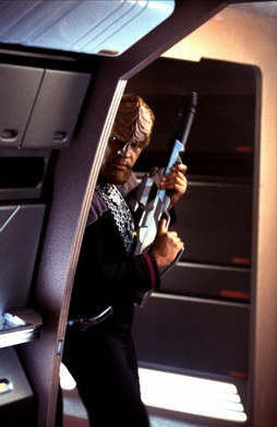 Star Trek Gallery - worf_nem4.jpg