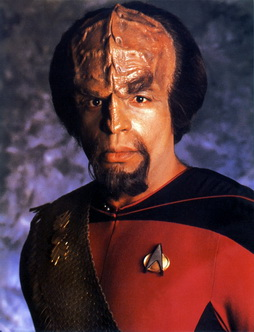 Star Trek Gallery - worf_s1.jpg