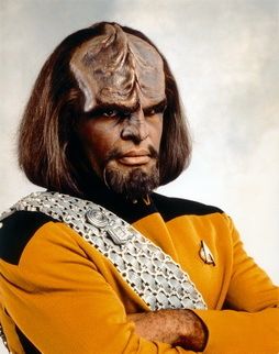 Star Trek Gallery - worf_s5b.jpg