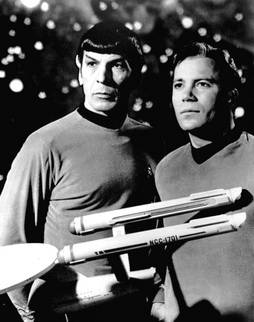 Star Trek Gallery - Leonard_Nimoy_William_Shatner_Star_Trek_1968.JPG