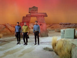 Star Trek Gallery - StarTrek_still_1x01_TheManTrap_0026.jpg