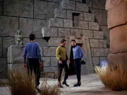 Star Trek Gallery - StarTrek_still_1x01_TheManTrap_0040.jpg