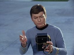 Star Trek Gallery - StarTrek_still_1x29_OperationAnnihilate_0607.jpg