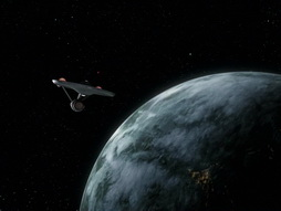 Star Trek Gallery - StarTrek_still_2x14_WolfInTheFolds_1724.jpg