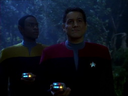 Star Trek Gallery - Heroes_and_Demons_039.jpg