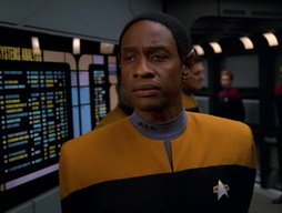 Star Trek Gallery - Homestead_447.jpg