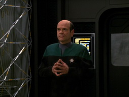 Star Trek Gallery - Renaissance_Man_216.jpg