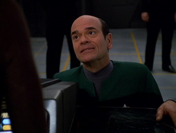 Star Trek Gallery - Renaissance_Man_486.jpg
