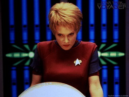 Star Trek Gallery - Star-Trek-gallery-voyager-0008.jpg