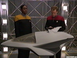 Star Trek Gallery - Star-Trek-gallery-voyager-0040.jpg