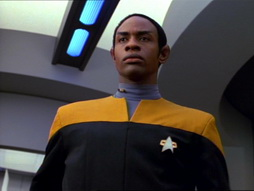 Star Trek Gallery - State_of_Flux_237.jpg