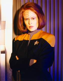 Star Trek Gallery - belanna_s5hq_pbvariant.jpg