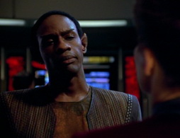 Star Trek Gallery - caretaker_0575.jpg