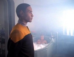 Star Trek Gallery - caretaker_0880.jpg