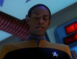 Star Trek Gallery - caretaker_1390.jpg
