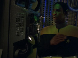 Star Trek Gallery - dark_frontier_196.jpg