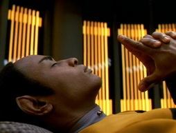 Star Trek Gallery - flashback078.jpg