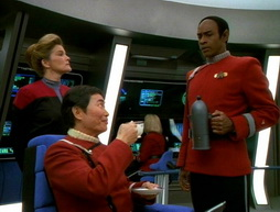 Star Trek Gallery - flashback098.jpg