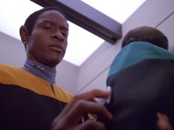 Star Trek Gallery - latentimage_466.jpg
