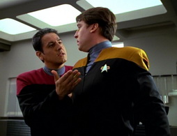Star Trek Gallery - learningcurve_165.jpg