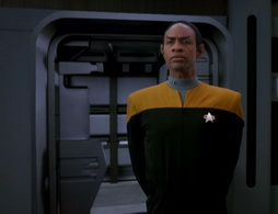 Star Trek Gallery - learningcurve_384.jpg