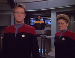 Star Trek Gallery - lifesigns_366.jpg