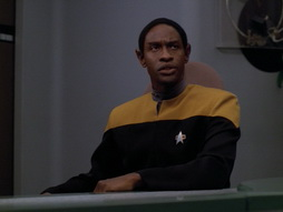 Star Trek Gallery - nothing_human_400.jpg