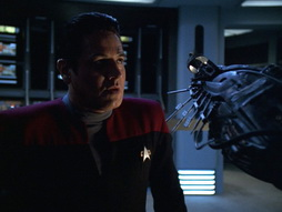 Star Trek Gallery - q2_098.jpg