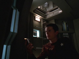 Star Trek Gallery - q2_250.jpg