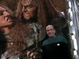 Star Trek Gallery - someonetowatchoverme_099.jpg