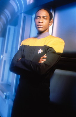 Star Trek Gallery - tuvok_s4a.jpg